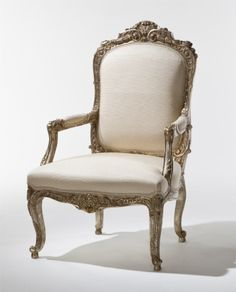 Claudine Chair