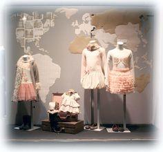 Escaparate Moda infantil Olga. Colección Pili Carrera, Foque, Kate Mack y Silvian Heach kids.