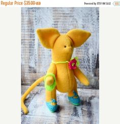 Hey, I found this really awesome Etsy listing at https://www.etsy.com/listing/224672569/stuffed-toy-mouse-toy-ooak-plush-toy