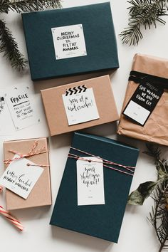 Holiday gift tags and wrapping ideas Christmas Gift Wrapping, Diy Christmas Gifts, Holiday Gifts, Kids Christmas, Creative Gift Wrapping, Creative Gifts, Simple Gift Wrapping Ideas, Creative Gift Packaging, Present Wrapping