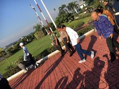Ini Sepatu Nike Rp 2 Jutaan yang Dipakai Jokowi dan Jadi Viral