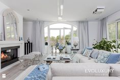 EVOLUXURY - PERFECT HARMONY salon - zdjęcie od EVOLUXURY DESIGN - Salon - Styl…