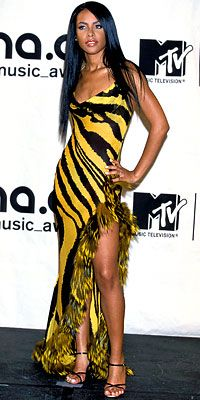 Aaliyah in Roberto Cavalli at the 2000 VMAs, 2008 MTV VMAs