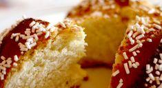 Focaccia dolce o fugassa veneta: un dolce complesso dalla lunga lievitazione. Soffice, leggero e profumato. Ecco la ricetta per prepararlo a casa! Biscotti, Cornbread, Oreo, Dolce, Muffins, Cake, Ethnic Recipes, Food, Gastronomia