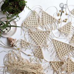 Another custom macrame garland. Endless and messy one 😅 #macrameart #macramegarland #macramebunting #macramebanner #macrametapestry #nurserydecor #weddingdecoration #bohowedding #suporthandmade #hellosmallshop #flatlayforever #madewithlove #makerslife #weddingdecor #bohowedding #smallbiz #succulentobsessed #aloevera #fern #modernboho #makrama #rękodzieło #plantmakepeoplehappy #minimaldecor #pursuepretty #plantlover #fiberart #macramelove #bohemiandecor #hyggedecor #hygge