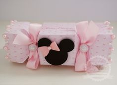 Mickey Party, Mickey Mouse Birthday, Minnie Mouse Party, Cumpleaños Shabby Chic, Happy Birthday 18th, Pretty Box, Party In A Box, Mothers Day Cards, Bow