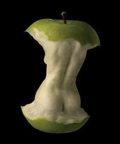 I see a powerful Eve and apple reference personally. Escultura.