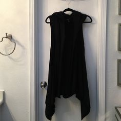 Forever 21 Forever 21 hooded vest size small. Any reasonable offer accepted. ☘ Forever 21 Jackets & Coats Vests