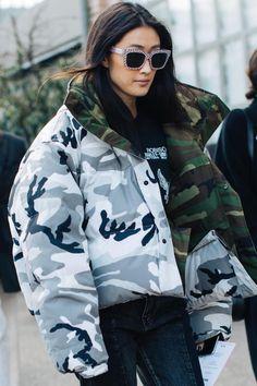 Street style à la Fashion Week automne-hiver 2017-2018 de Milan doudoune militaire