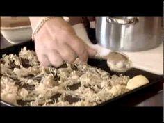 Sandro: Pármai sonkával töltött, bacon-be csavart csirkerolád Parma, Dog Food Recipes, Oatmeal, Bacon, Cook Books, Meals, Cooking, Breakfast, Youtube