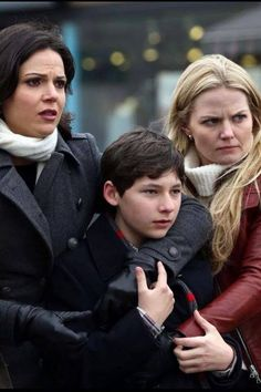 SwanQueen Family. Jen and Lana look so protective of Jared!