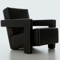 Chairs in the library alcove are Utrecht, designed in 1935 by G.T. Reitveld, exclusively at Cassina.
