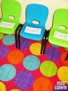 Musical reading chairs is THE BEST GAME EVER - Great for learning sight words for preschool and kindergarten. Short A Activities, Sight Word Activities, Literacy Activities, Emergent Literacy, Literacy Stations, Sight Word Games, Sight Words, Phonics Sounds, Vowel Sounds