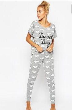 e29c99f9a98ff Idée cadeau femme - Pyjama combinaison chez 3 Suisses