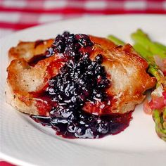 Blueberry Balsamic Pork Chops - One of the most popular quick and easy family friendly meal ideas ever on Rock Recipes! Juicy pork loin chops go so well with this sweet and tart simple blueberry sauce. photos-from-rock-recipes Rock Recipes, Pork Chop Recipes, Great Recipes, Favorite Recipes, Simple Recipes, Yummy Recipes, Balsamic Pork Chops, Grilled Pork Chops, Pork Loin
