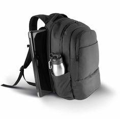 Business backpack. Deze zakelijke rugzak van 600D polyester met PVC backing met eenvoudige openingen mag niet in jouw business outfit ontbreken. Er zijn 3 voorvakken en 3 compartimenten met ritssluiting. Een gewatteerd vak voor een tablet met ritssluiting en een eenvoudig toegankelijk laptopvak met ritssluiting. De tas kan geopend worden zoals een boek. Ergonomische gewatteerde schouderhengsels, gewatteerde mesh achterkant, SBS ritsen. #businessbackpack