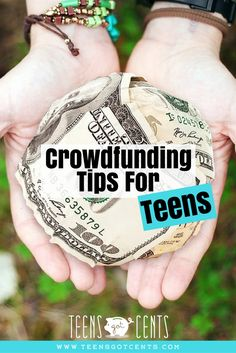 Most of us know what crowdfunding is but we don't know how can teens take advantage of it. Crowdfunding can be a great way to start a new business or launch a product if you are a teen. Ways To Save Money, Money Tips, How To Make Money, Investing Money, Saving Money, Making Money Teens, Interest Calculator, Peer To Peer Lending, Jobs For Teens