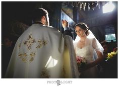 MARIA SI ROBERT – Nunta Bucuresti | Fotograf Profesionist Nunta Romania Photo Lighting, Wedding, Mariage, Weddings, Marriage, Chartreuse Wedding