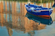 Riflessi con barca - Ph. Alessandro Bavaro