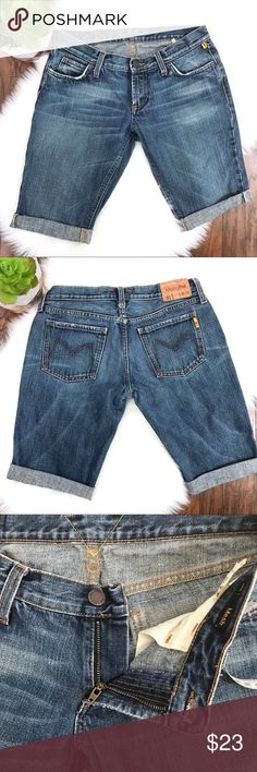 Melting Pot Bermuda Shorts EUC• Melting Pot• Premium European denim• blue wash• I believe these were pants made into shorts• rolled & sewn hem• no rips/holes/stains• excellent condition •  • no trades • reasonable offers welcomed  • bundle & save Meltin Pot Shorts Jean Shorts