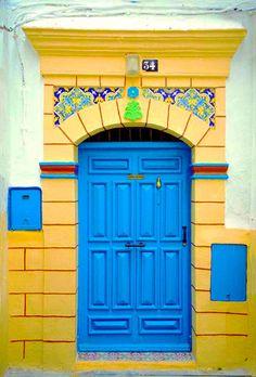 Africa | Blue door in Essaouira | © John Galbreath