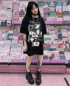 Edgy Outfits, Mode Outfits, Grunge Outfits, Grunge Fashion, Fashion Outfits, Scene Outfits, Gothic Fashion, Girl Outfits, Alternative Outfits