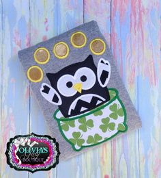 St. Patrick Owl In Pot with coins - LSS