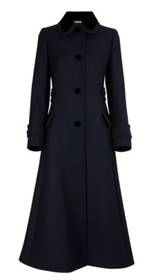 Discover the new MIU MIU Women's collection. Tweed Coat, Wool Coat, Casual Winter Outfits, Chic Outfits, Capsule Outfits, Work Fashion, Diy Clothes, Pretty Outfits, Coats For Women