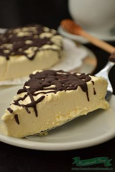 You searched for semifreddo - Bucataresele Vesele Romanian Food, Food Cakes, Candy Buffet, Ice Cream Recipes, Just Desserts, I Foods, Baked Goods, Sweet Recipes, Cookie Recipes