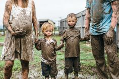 What happens when all the well-thought-out wardrobe options will likely get mud stained due to days of rain leading up to the maternity session? Outdoor Maternity Photos, Maternity Portraits, Maternity Session, Maternity Pictures, Pregnancy Photos, Maternity Photography, Family Photography, Photography Poses, Pregnancy Announcements
