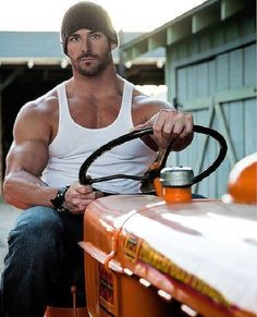 True to the Kenny Chesney song, She Thinks My Tractor's Sexy. Yup, I think his tractor IS sexy. Hot Country Boys, Country Chic, Farm Boys, Raining Men, Good Looking Men, Man Candy, Gorgeous Men, Beautiful People, Beautiful Boys