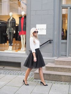 All time Favourite Outfit Big Joke, White Fashion, All About Time, What To Wear, High Waisted Skirt, Tulle, Told You So, Style Inspiration, Photo And Video