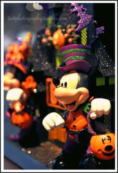 nice composure - colors add a lot of impact Halloween Time At Disneyland, Mickey Mouse Halloween, Holidays Halloween, Scary Halloween, Disney Holidays, Halloween Tricks, Halloween Ideas, Nightmare Before Christmas Soundtrack, Disney Parks Merchandise