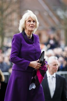 Camilla Parker Bowles Photos - Camilla, Duchess of Cornwall attends Shakespeare Live! from the RSC on April 23, 2016 in Stratford-upon-Avon, England. Prince Charles, Prince of Wales is President of the Royal Shakespeare Company, Shakespeare Live! from the RSC marks the 400th anniversary of Shakespeare's death by celebrating Shakespeare's legacy in theatre, music, opera and ballet. - The Prince of Wales & Duchess of Cornwall Mark the 400th Anniversary of Shakespeare's Death
