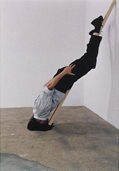 Erwin Wurm - One Minute Sculptures 1997