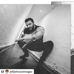 #Repost @jeffjohnsonimages with @make_repost ・・・ UK Tour Country Music Artists, Country Singers, Chris Young Music, Alan Young, Human Condition, Man Crush, Music Lovers, Future Husband, Victorious