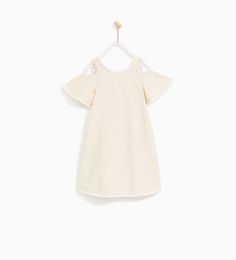 Discover the new ZARA collection online. The latest trends for Woman, Man, Kids and next season's ad campaigns. Cute Outfits For Kids, Summer Outfits, Girl Outfits, Frilly Dresses, Girls Dresses, Off The Shoulder, Cold Shoulder Dress, Zara New, Zara Kids