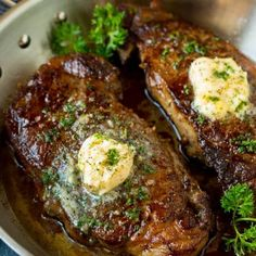 This sirloin steak is seared to golden brown perfection, then topped with garlic and herb butter. A simple, yet totally satisfying way to enjoy steak. Steak Recipes Stove, Steak On Stove, Steak Dinner Recipes, Grilled Steak Recipes, Beef Recipes, Recipies, Top Sirloin Steak Recipe, Sirloin Steaks, Top Sirloin Recipes