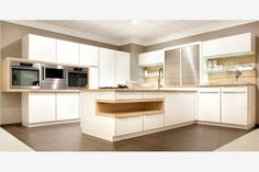 Love the design and the colors Kitchen Island, Kitchen Cabinets, Küchen Design, Table, Furniture, Home Decor, Kitchen Ideas, Kitchens, Decoration