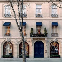 The Saint Germain RL flagship in Paris