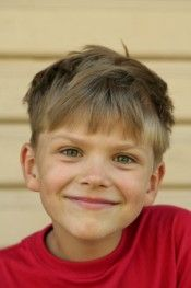 9 Latest Short Hairstyles for Kids Girls and Boys – PixieFrisuren Boys Haircuts 2014, Kids Girl Haircuts, Childrens Haircuts, Cute Pixie Haircuts, Boy Haircuts Short, Top Hairstyles For Men, Side Bun Hairstyles, Baby Boy Hairstyles, Latest Short Hairstyles