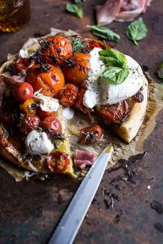 quick balsamic fig roasted tomato and burrata cheese tarts / halfbakedharvest Burrata Cheese, Cheese Tarts, Cheese Quiche, Tart Recipes, Cooking Recipes, Healthy Recipes, Antipasto, Quiches, Couscous Salat