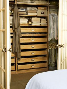 Features: Built-In Drawers