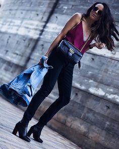 New Outfit Post:  Camis have become an essential in my closet and by far the easiest piece to style!  Read about all my suggestions on styling your camis and hear me go on about jeans... again! 😜  Hope to see you on the blog! *Nuevo Lookbook:  Las camisolas son unas de las piezas favoritas en mi armario y súper fáciles de estilar!  Lee mis sujestiones a como estilar tus camis y mi obsession con una marca favorita the jeans!  Espero verlas en el blog!  Besitos!  http://liketk.it/2qaWY