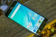 Telefon Xiaomi Mi A1: Čistý Android a duální fotoaparát v prvním pohledu - https://www.svetandroida.cz/telefon-xiaomi-mi-a1-prvni-pohled-201709/?utm_source=PN&utm_medium=Svet+Androida&utm_campaign=SNAP%2Bfrom%2BSv%C4%9Bt+Androida