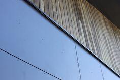Referenties - Inncempro BV - Toegepast: FibreCem Fullcolour Transparent | Kleur:  Antraciet FT 7602 | Dikte: 8 mm Montage: Schroeven | Achterconstructie: Houten regels | Bouwjaar: 2014