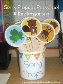 Song Props for Preschool and Kindergarten to promote literacy Kindergarten Music, Preschool Songs, Teaching Music, Kids Songs, Preschool Ideas, Rhymes Songs, Preschool Projects, Daycare Crafts, Daycare Ideas