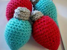 Crocheted Christmas Light Bulb Ornament pattern
