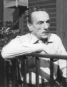 Eduardo De Filippo, biografia, opere e citazioni.