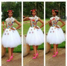 #traditionalwedding #zulu #traditional #wedding Zulu Traditional Attire, Zulu Traditional Wedding, South African Traditional Dresses, African Wedding Theme, African Wedding Attire, African Attire, Zulu Wedding, African Wear Dresses, African Princess